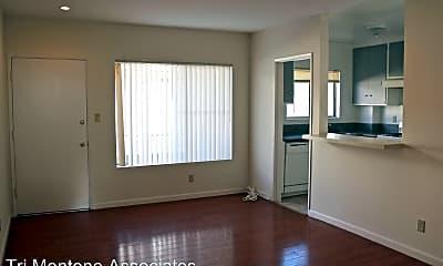 Living Room, 3860 Mentone Ave, 0