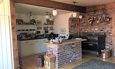 Kitchen, 101 S Cottage Ave, 1