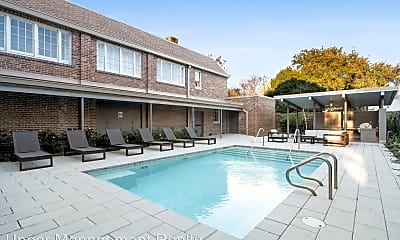Pool, 1215 Louisiana Ave, 1