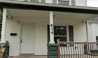 Patio / Deck, 634 E Indiana Ave, 0