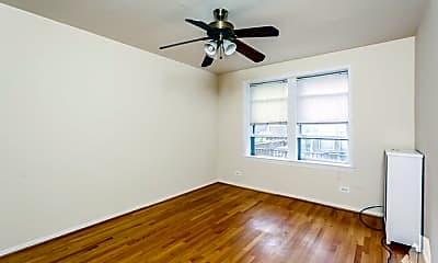 Bedroom, 633 W Deming Pl, 2