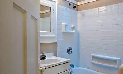 Bathroom, 1603 N Van Buren St, 2