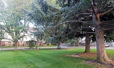 Mountain View Plaza, 2