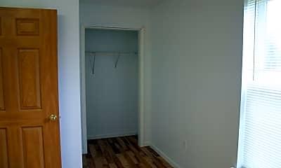Bedroom, 75 Agway Ln, 2