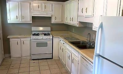 Kitchen, 2414 Yates Dr, 1
