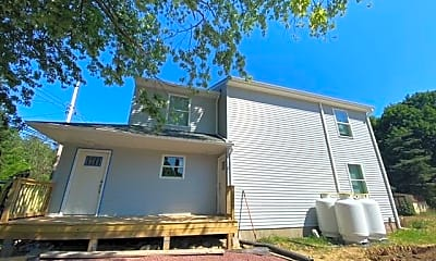 Building, 118 Sanders Rd, 1