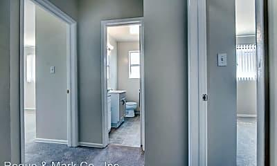 Bathroom, 3144 S Barrington Ave, 2