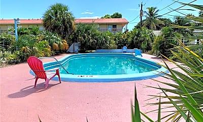 Pool, 2319 Adams St 22, 2