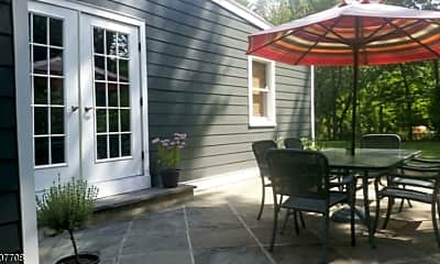 Patio / Deck, 33 Meadowview Rd, 0