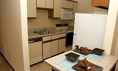 Eddingham Place Apartments, 1