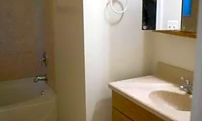 Bathroom, 2117 Lake Ave 1R, 2