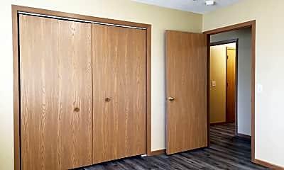 Bedroom, 1540 Golden Valley Lane/1800-1820 16th Street NW, 2