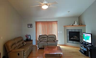 Living Room, 2741 Jacque St, 1