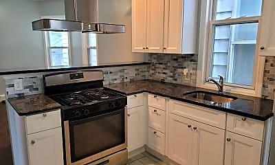 Kitchen, 567 Summer Ave, 0