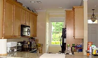 Kitchen, 5515 S Roxboro St 37, 1
