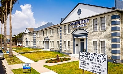 Building, 5808 S Alameda St, 1