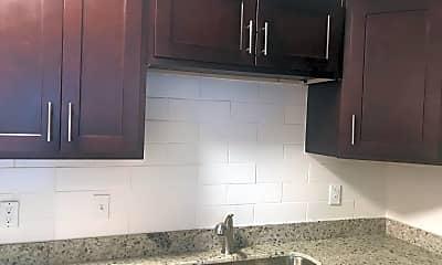 Kitchen, 519 N Lincoln St, 1