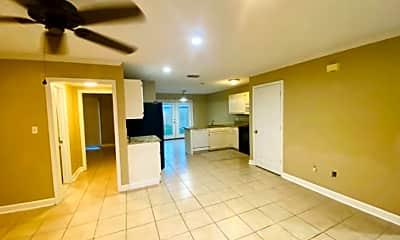 Kitchen, 229 E 20th Ave, 2