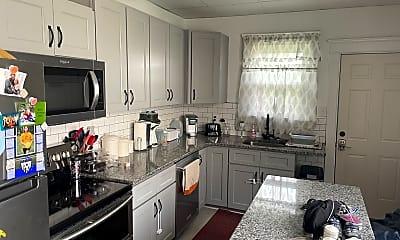 Kitchen, 90 Oak St, 0