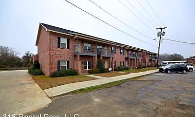 Building, 103 N Monroe St, 1