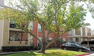 Settler's Cove Apartments, 1