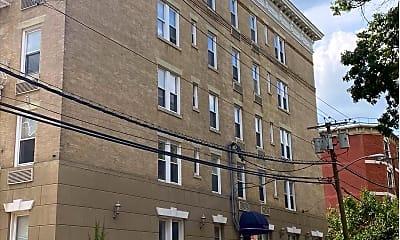 Building, 734 Adams St 5C, 2