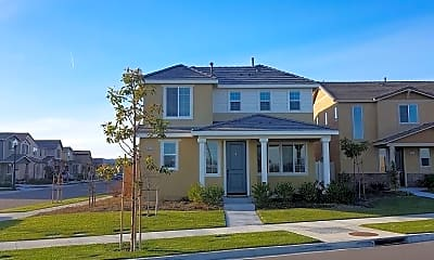 Building, 3451 Kings Canyon Dr, 1