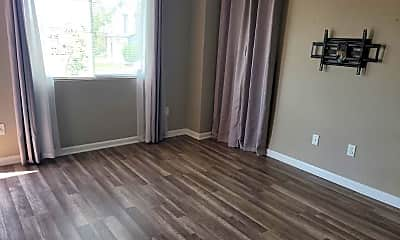 Living Room, 4240 Little Rock View, 1