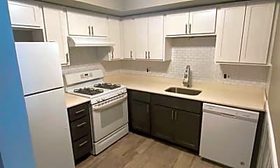 Kitchen, 6215 Hilltop Dr 33, 0