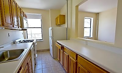 Kitchen, 401 Edgecombe Ave, 2