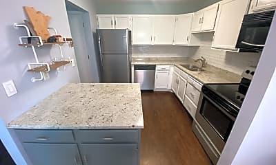 Kitchen, 5125 Balmoral Ln, 1