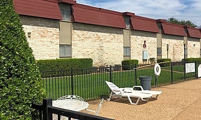 Tennyson Arms Apartments, 2