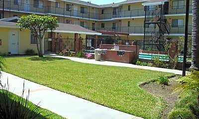 Building, 14501 Cerise Ave, 2