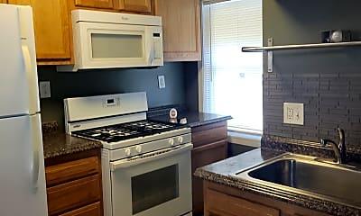 Kitchen, 516 Baltic Ave, 1