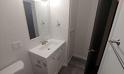 Bathroom, 305 NE Spaulding St, 2