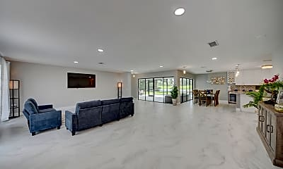 Living Room, 1618 The 12th Fairway, 1