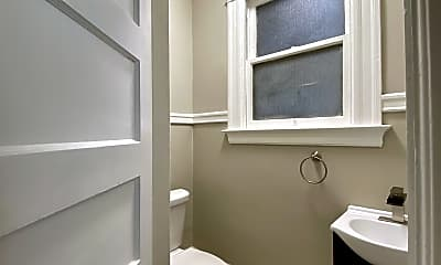 Bathroom, 652 S Van Ness Ave, 2