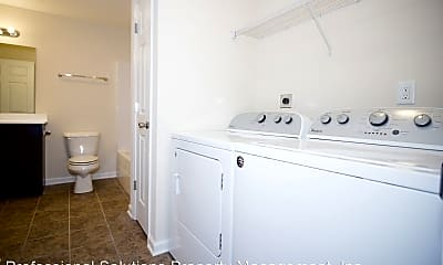 Bathroom, 140 Boyd Pl, 2
