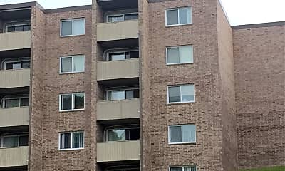 River Bluff Apartments, 2