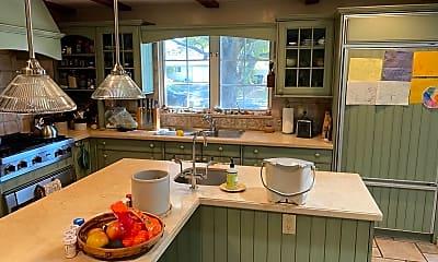 Kitchen, 1021 Alegre Ave, 1