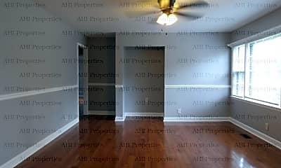 Living Room, 2108 Linde Street, 1
