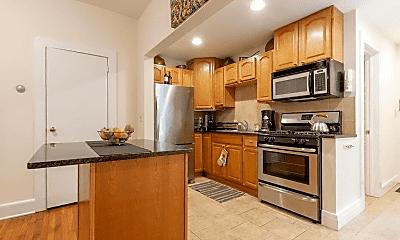 Kitchen, 7 Commonwealth Ct, 2