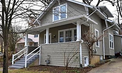 Building, 6704 Westmoreland Ave, 2