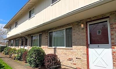 Building, 1323 E Reserve St, 0