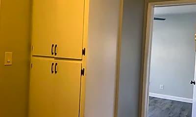 Bathroom, 212 W Plymouth St, 2
