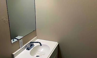 Bathroom, 322 N Pinto St, 2