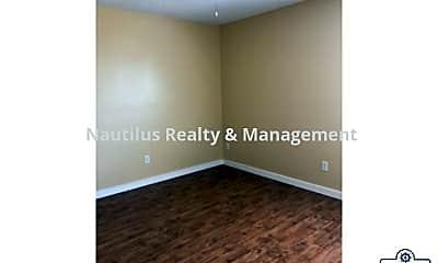 Bedroom, 130 Beulah Ave, 2