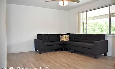 Living Room, 44 N 800 W, 2