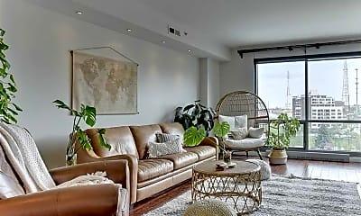 Living Room, 200 S 31st Ave, 0