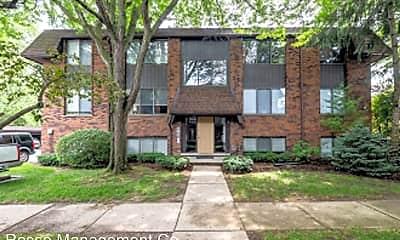 Building, 2233 E Maple Rd, 0